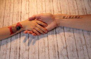 Klebe-Tattoos
