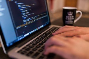 Cook and Code verbindet Programmieren mit Essen: Ob html, Java Script oder CSS, hier lernst du programmieren