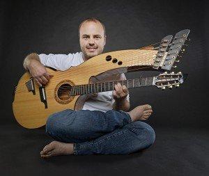 sitting-harpguitar-promo