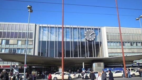 Zentraleingang Hauptbahnhof  | Foto: Anja Milovanovic