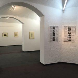 2_Ausstellungsansicht_Karl Amadeus Hartmann und die j++dische K++nstlerin Maria Luiko_Foto Andreas Herm Baumgartner