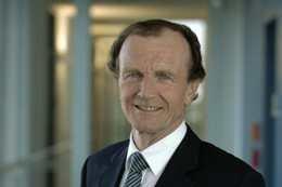Dr. Kurt Mühlhäuser, Vorsitzender der Geschäftsführung der Stadtwerke München, ist derzeit nicht gut auf die Bundesregierung zu sprechen.