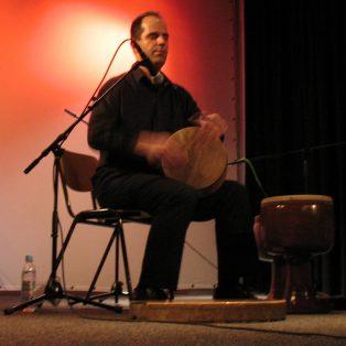 Hadi Alizadeh – Getrommelte Melodien