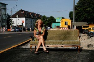SNallinger-Couch2_klein