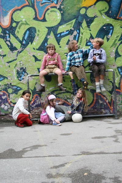 Die Bolzplatzkinder der Glockenbachwerkstatt