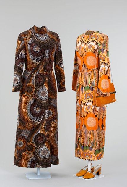 430 11_zwei-Damenkleider-1970er