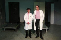 Theussl & Eggers alias der doppelte Dr. Pfuhl im Museum für Zukünftiges