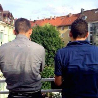 Talal und Amjad: Wege in die Bayernkaserne