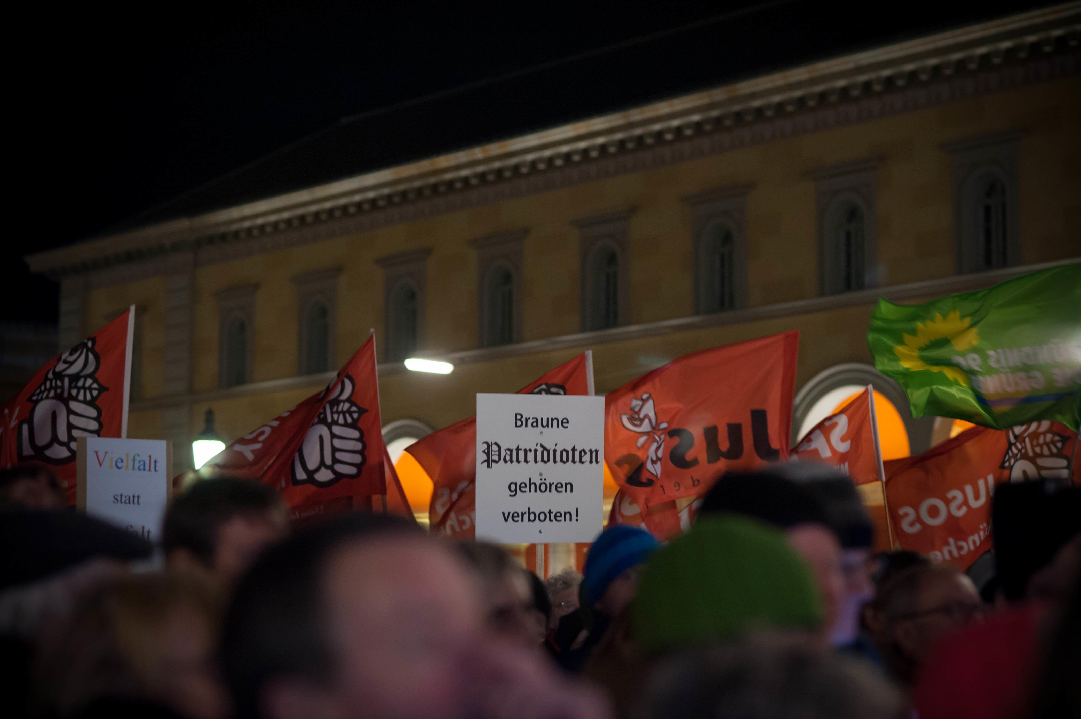 Anti_Rechts_Demo_22.12.2014-12