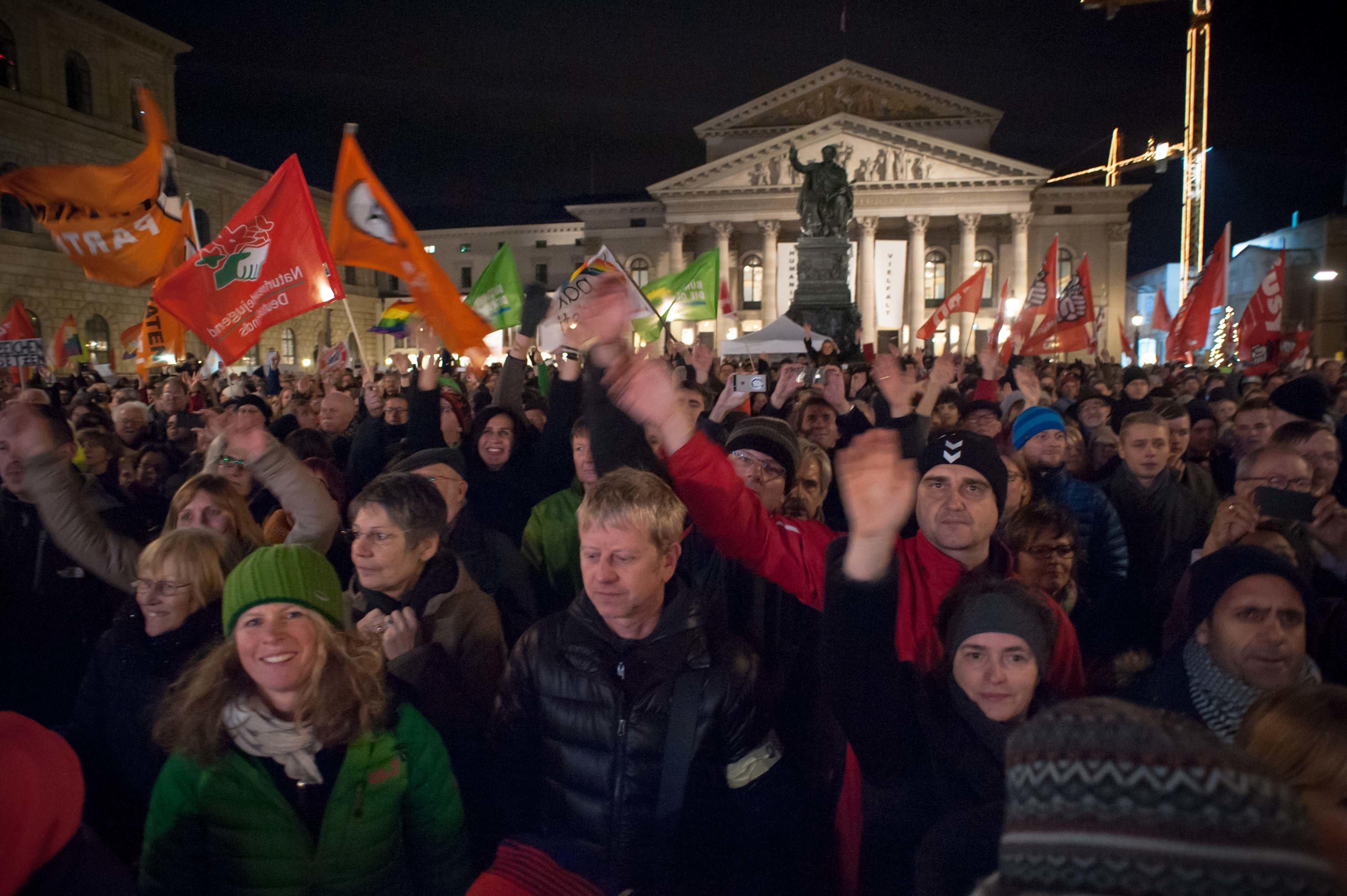 Anti_Rechts_Demo_22.12.2014-16