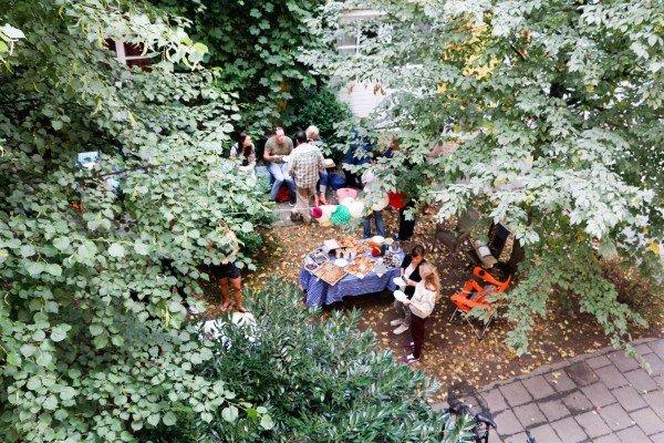 Mucbook: Rückblick Restaurant Day 16.8., Blick von oben aufHinterhof
