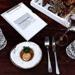 """""""Fleisch wächst nicht in Styroporboxen!"""": So unkonventionell lockt ein neues Restaurant in Maxvorstadt"""