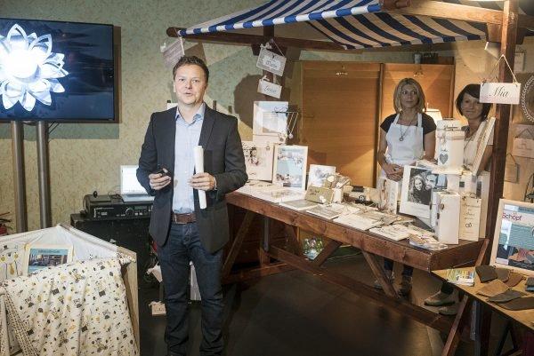 Markus Schöberl, Amazon Deutschland stellt Amazon Handmade vor.