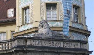1024px-Loewenbraeukeller_Muenchen-2