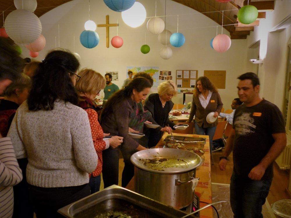 Flüchtlingsprojekt München Ein Teller Heimat Westend