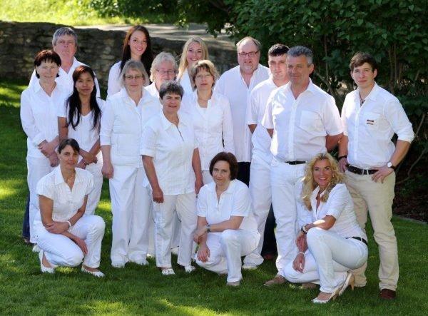 Familie Ertl und Angestellte