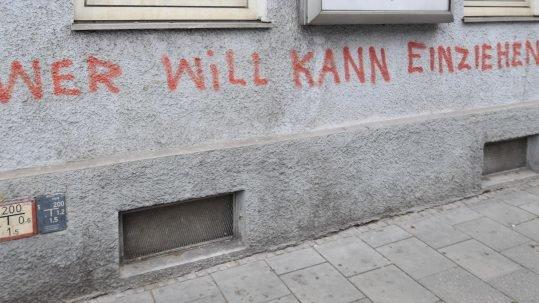 """""""Wer will kann einziehen"""", das """"Schnitzelhaus"""" im Westend"""