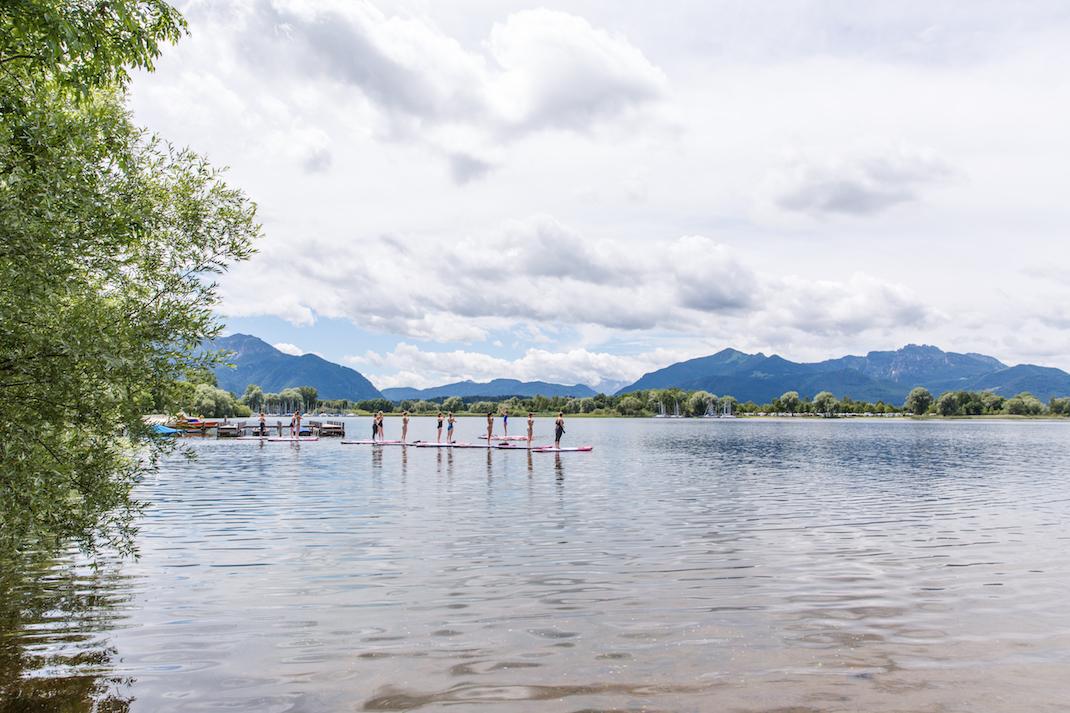 Stand up Paddling auf den Seen rund um München - MUCBOOK