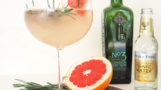 Gin Tonic Rosmarin Grapefruit 2 Kopie