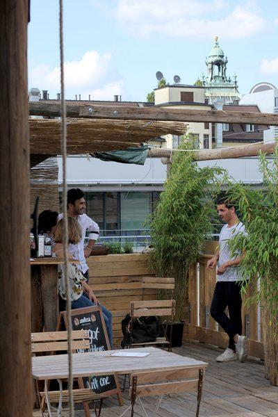 Die grüne Holzoase auf dem Dach des Parkhaus am Stachus, Foto: Max Büch