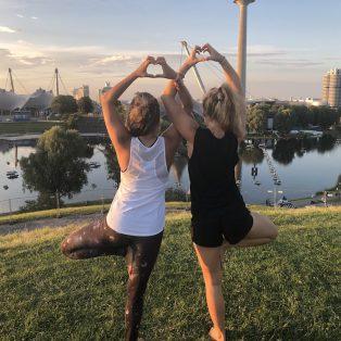 Münchner Gesichter: 8 Fragen an Gina & Terry von POP UP YOGA München