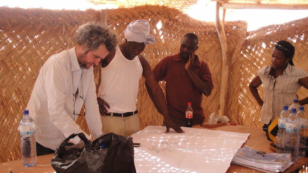 Christoph Schlingensief in Afrika