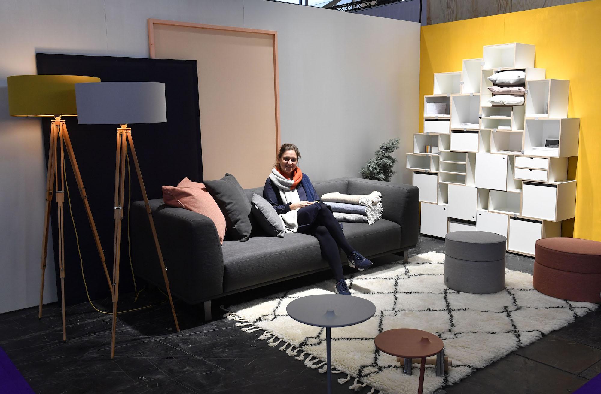 2152afd18bc99e Du willst dabei sein und den MUCBOOK Room mit ausstatten  Du bist  Möbeldesigner