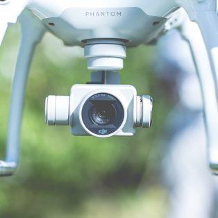 Wenn hinter Drohnen Drohnen drohen