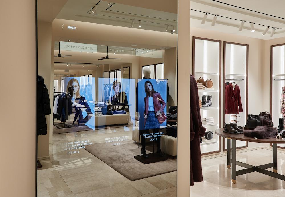 Massimo Dutti_Flagship Store Munich_Magic Mirror