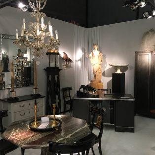 Die Kunst und Antiquitäten München: nicht verstaubt, sondern Bling-Bling