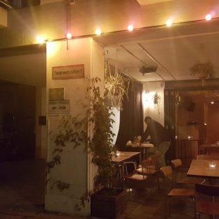 Obdachlos: Das Leben auf der Straße zwischen hipper Bar und Friseursalon