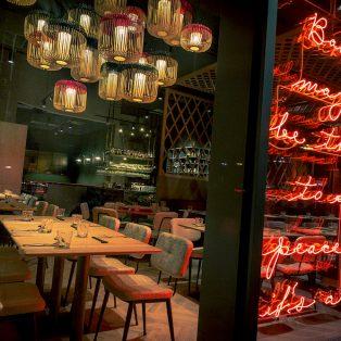 Südostasiatische Spezialitäten im Jaadin Grillhouse und dem Chaadin Teahouse im Schwabinger Tor