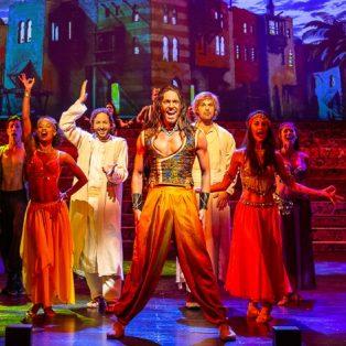 Der Medicus im Deutschen Theater – Eine Zeitreise in den Orient