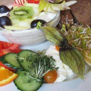 Frühstück mit bayrischem Akzent: Der Trachtenvogl