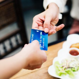 Shopping ohne Kreditkarte kaum denkbar