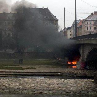 Camp der Obdachlosen unter der Reichenbachbrücke geräumt, aber die Probleme bleiben