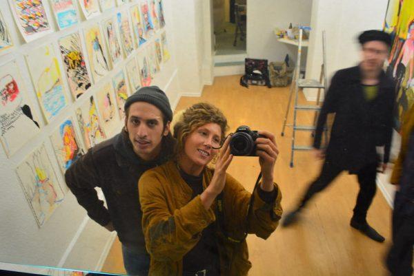 Zwei Menschen mit Kamera