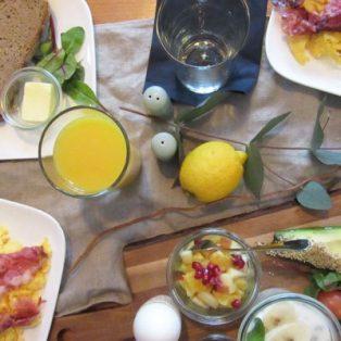 Zum Frühstück in den Holzkranich