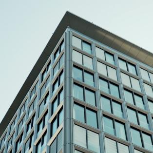 VIDEO: Wie Bodenpolitik die Stadt bestimmt – Tour 2 mit Christian Stupka & Christiane Thalgott