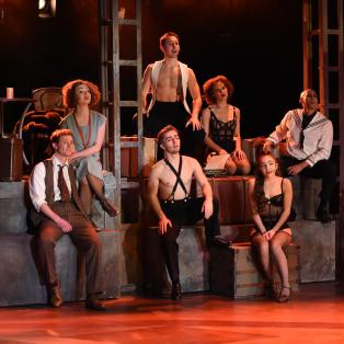 Cabaret im Deutschen Theater – Exzessives Nachtleben im Berlin der 30er Jahre