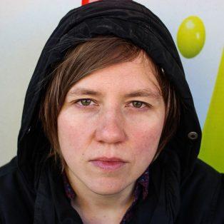 Berliner Indie von Masha Qrella in der Milla am 6. April