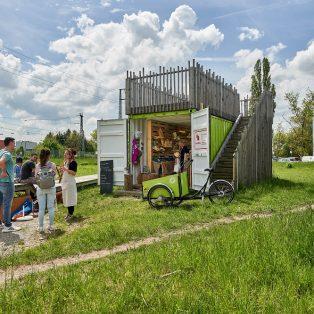 Regional einkaufen und socializen in der Freiluftbox am Westkreuz