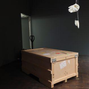 Attention Fragiles: Was steckt in dieser Kiste?