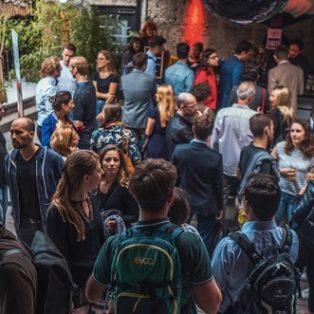 Startupgeflüster: das entspannte Afterwork-Event, um deine Ideen vorzustellen