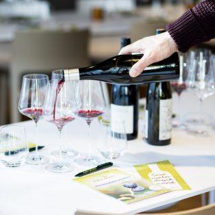 Nicht nur für Experten! Mit den MUCBOOK Membern beim Weintasting von einfach geniessen