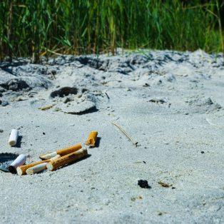 Zigaretten schaden der Umwelt weit mehr, als du denkst!