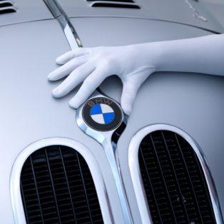 Die Nacht der weißen Handschuhe im BMW Museum