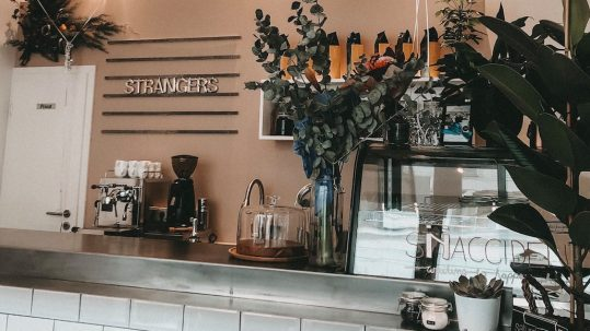 Strangers Kaffee im Lehel