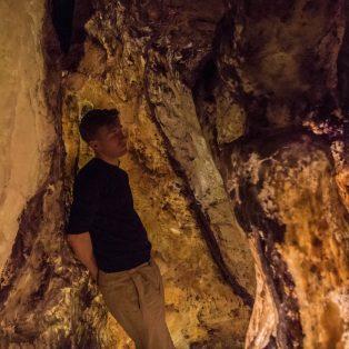 Die Höhle im Raum: RICOCHET #13 von Martin Heindel in der Villa Stuck