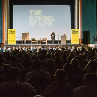 Can we help you? The School of Life kommt nach München